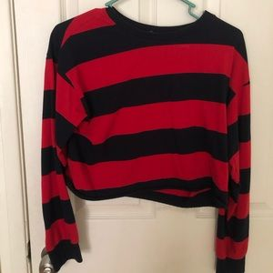 Forever 21 Red and blue cropped long sleeve shirt